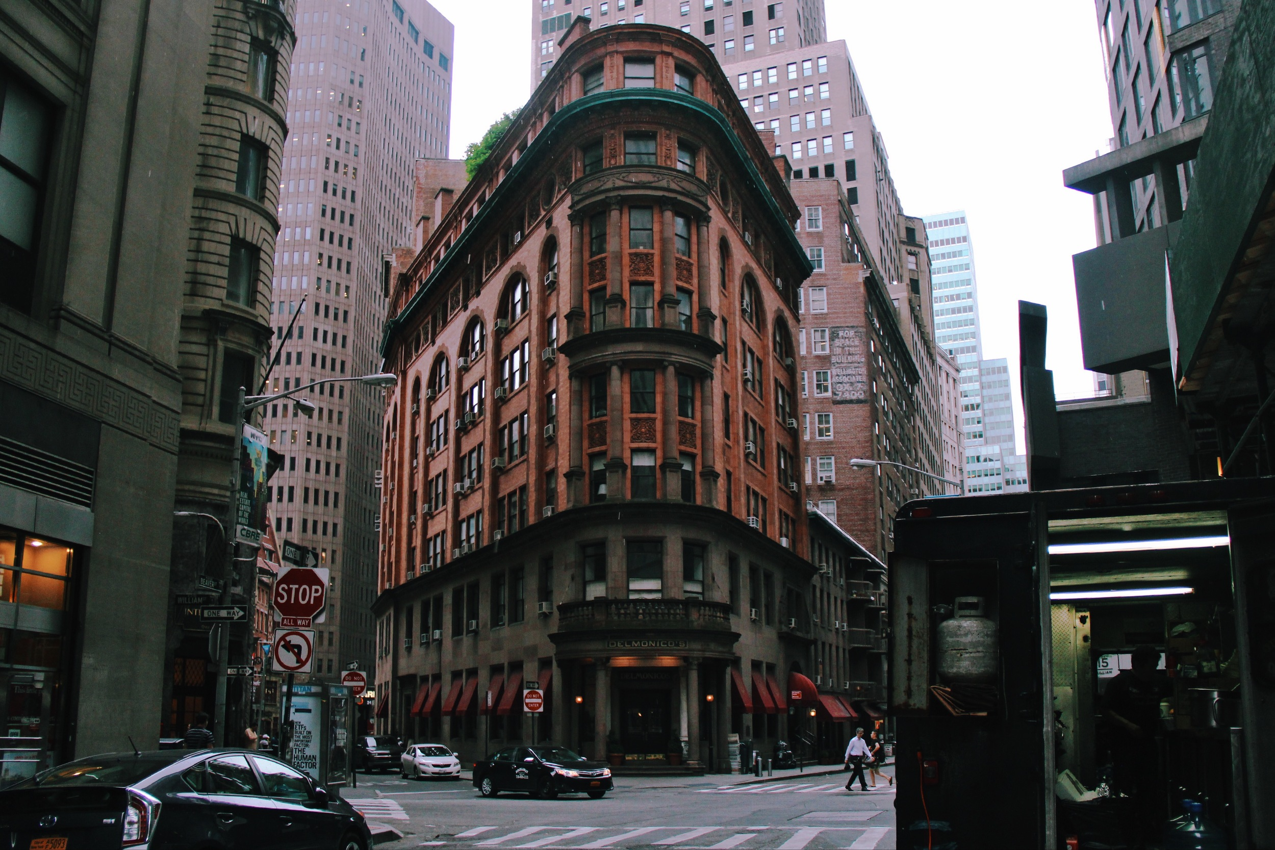 I got drawn to this beautiful building in the Financial District.