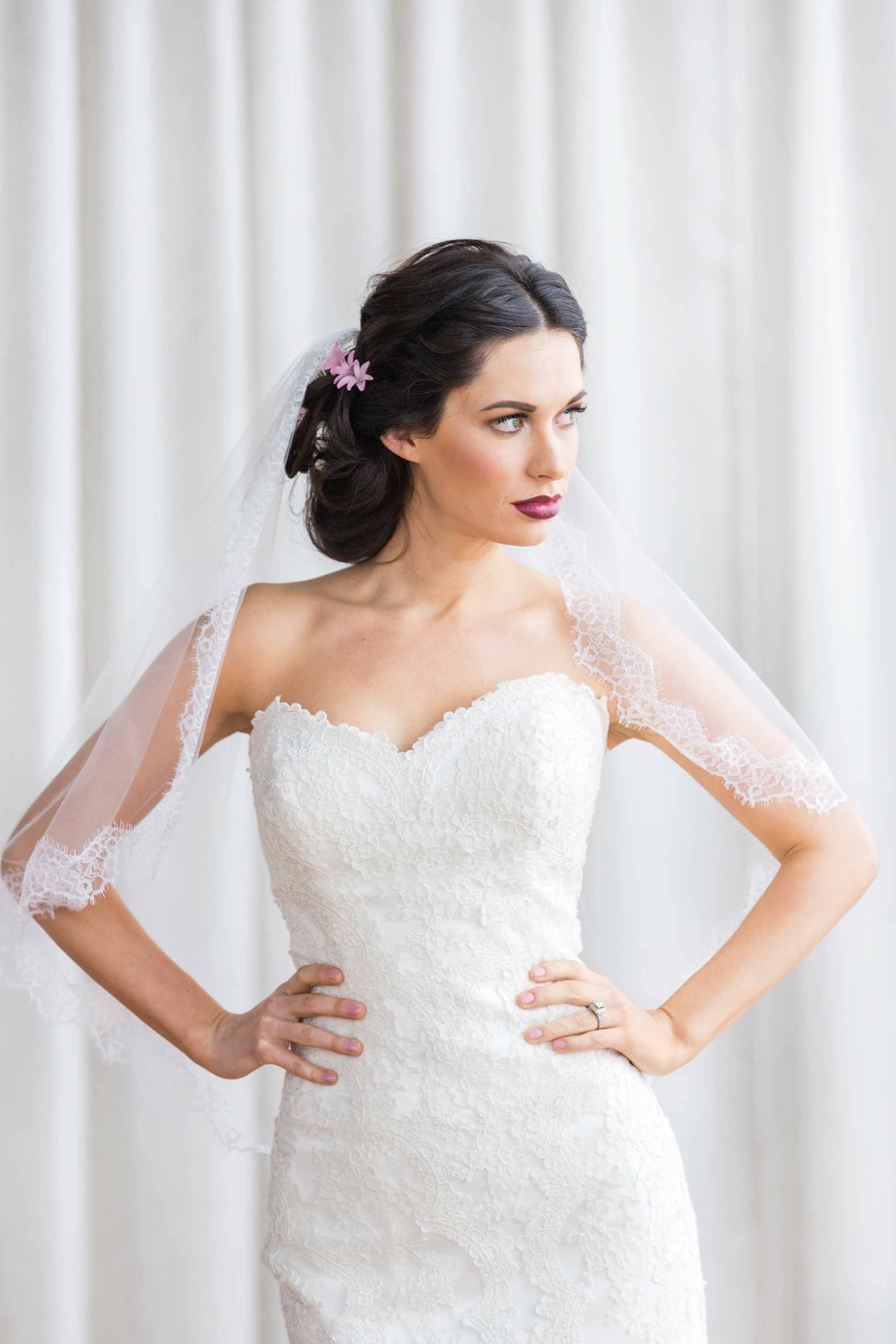 Rosy_Marsala_Lace_Wedding_Styled_Shoot_LPhotographie_0138_5415.jpg
