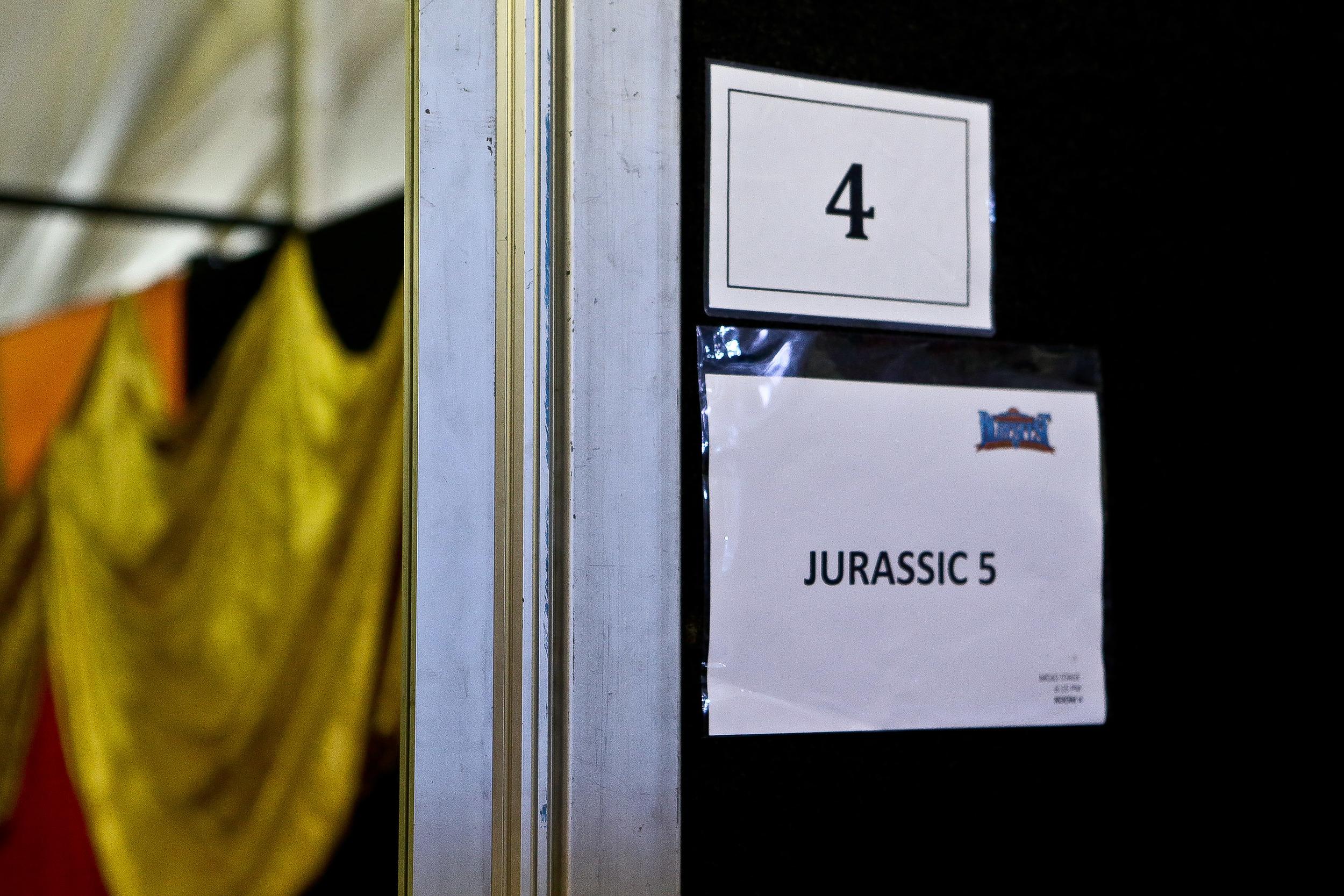 jurassic 5 (backstage)_bluesfest15_josh groom (0).jpg