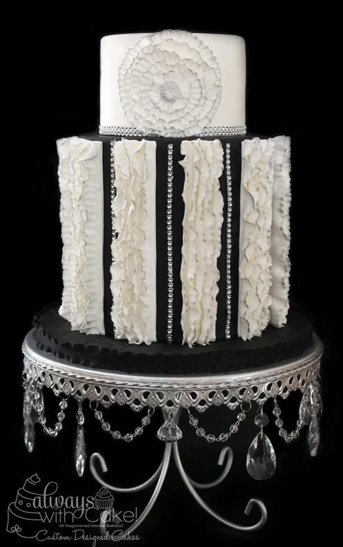 Black & White Elegance Wedding Cake