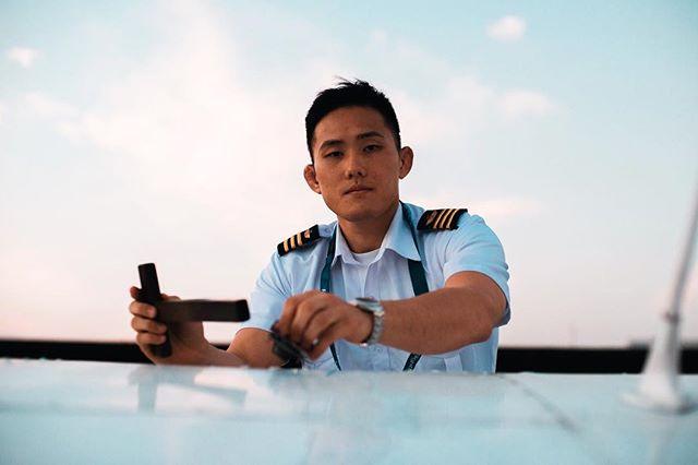 Aviator Kim 05.06.18