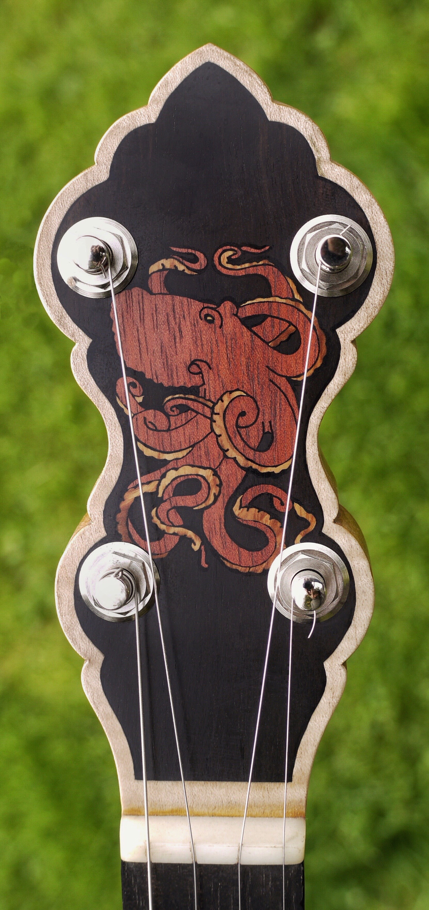 OCTOPUS BANJO INLAY