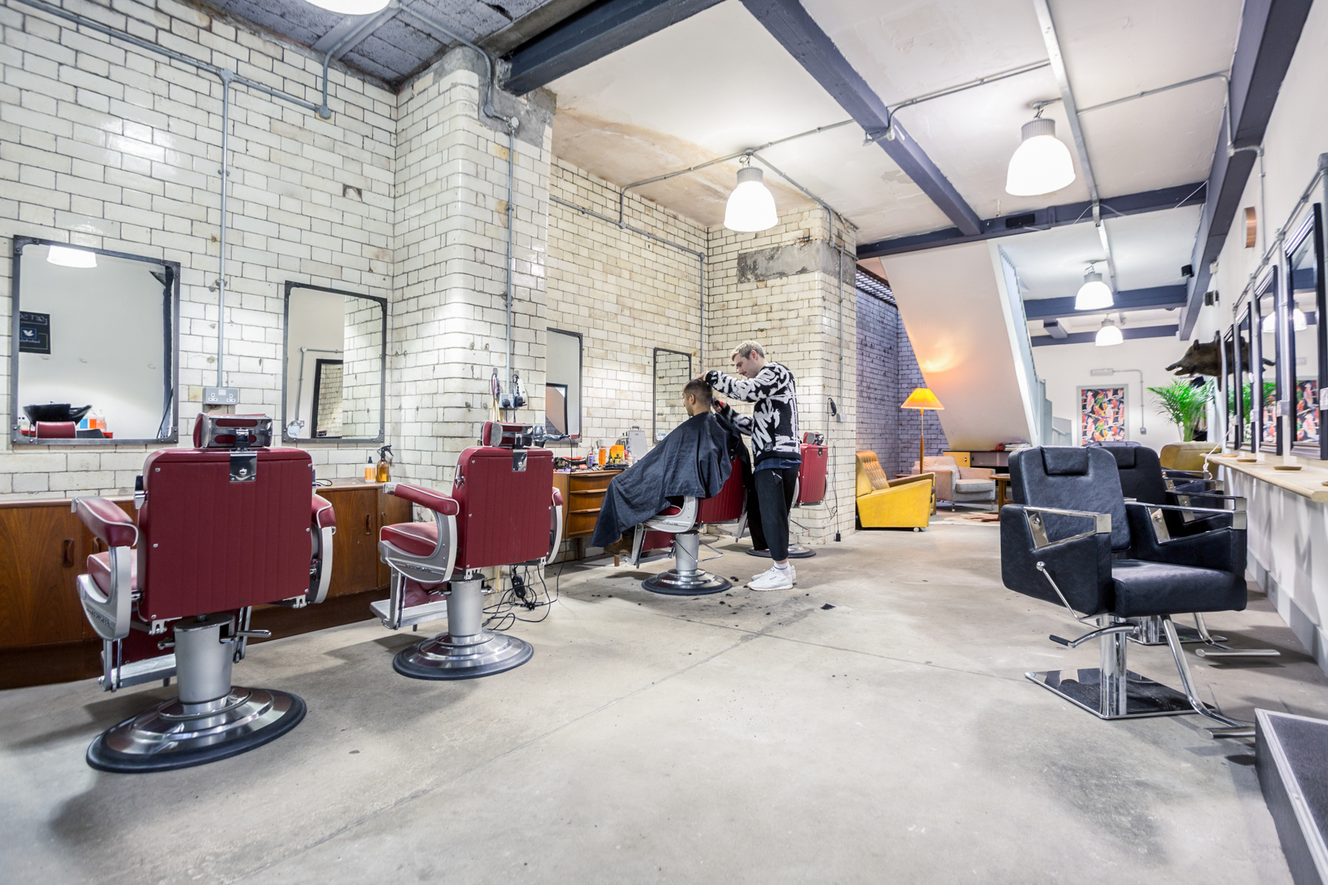 Barber_Below_UKD_4_xxxxxx.jpg