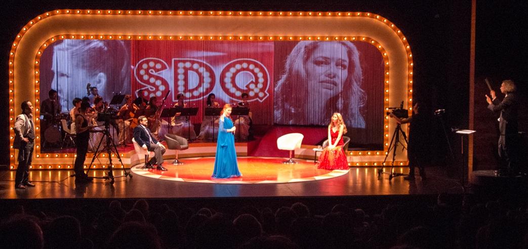 Ópera Gloria  Más información  aquí