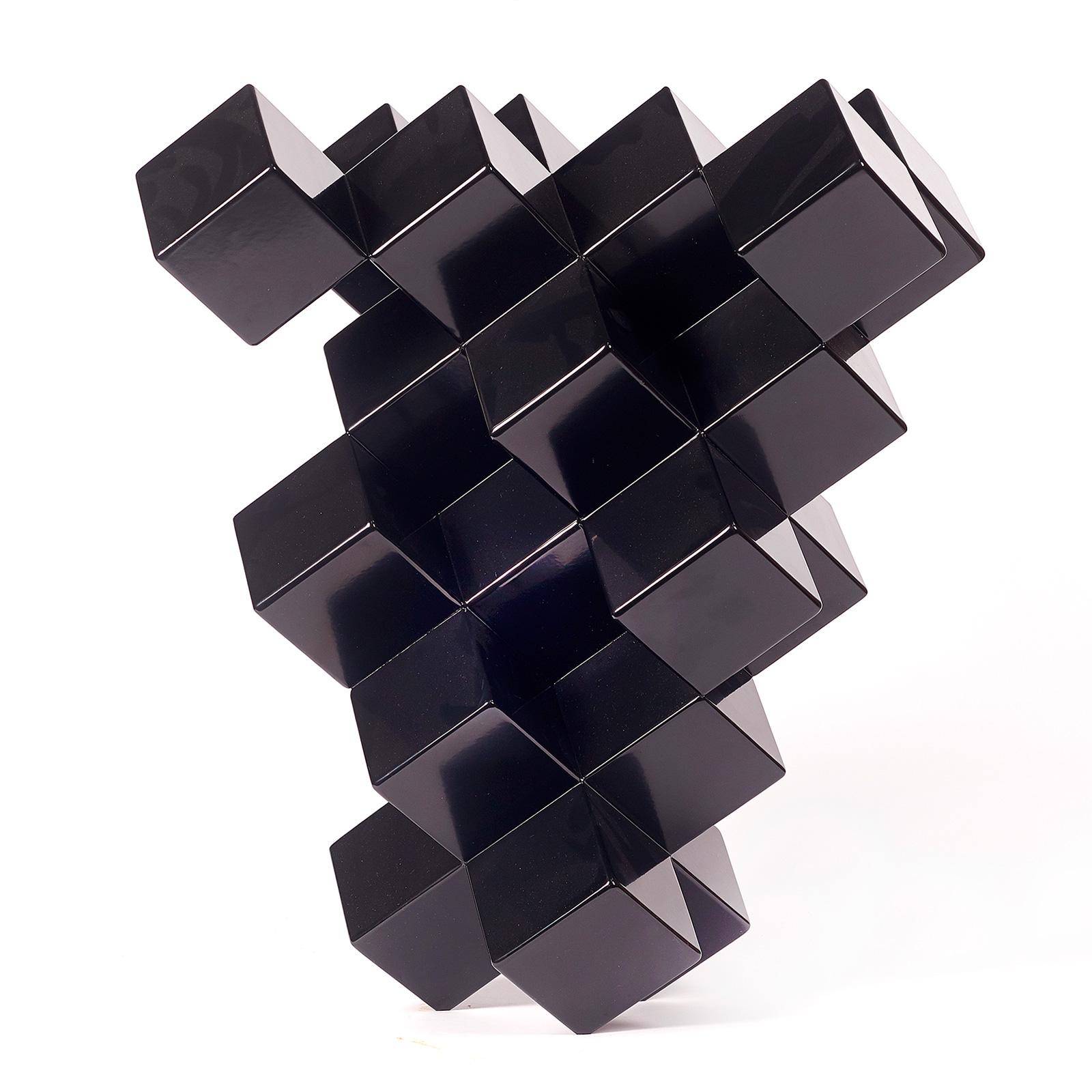 2018_04_08_will_nash_black_cubic_008_int_web_square.jpg
