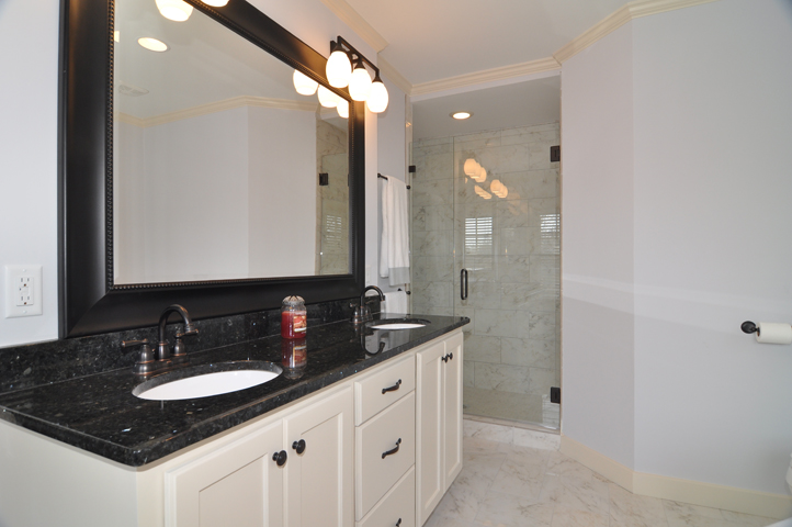 Master Bathroom B.jpg