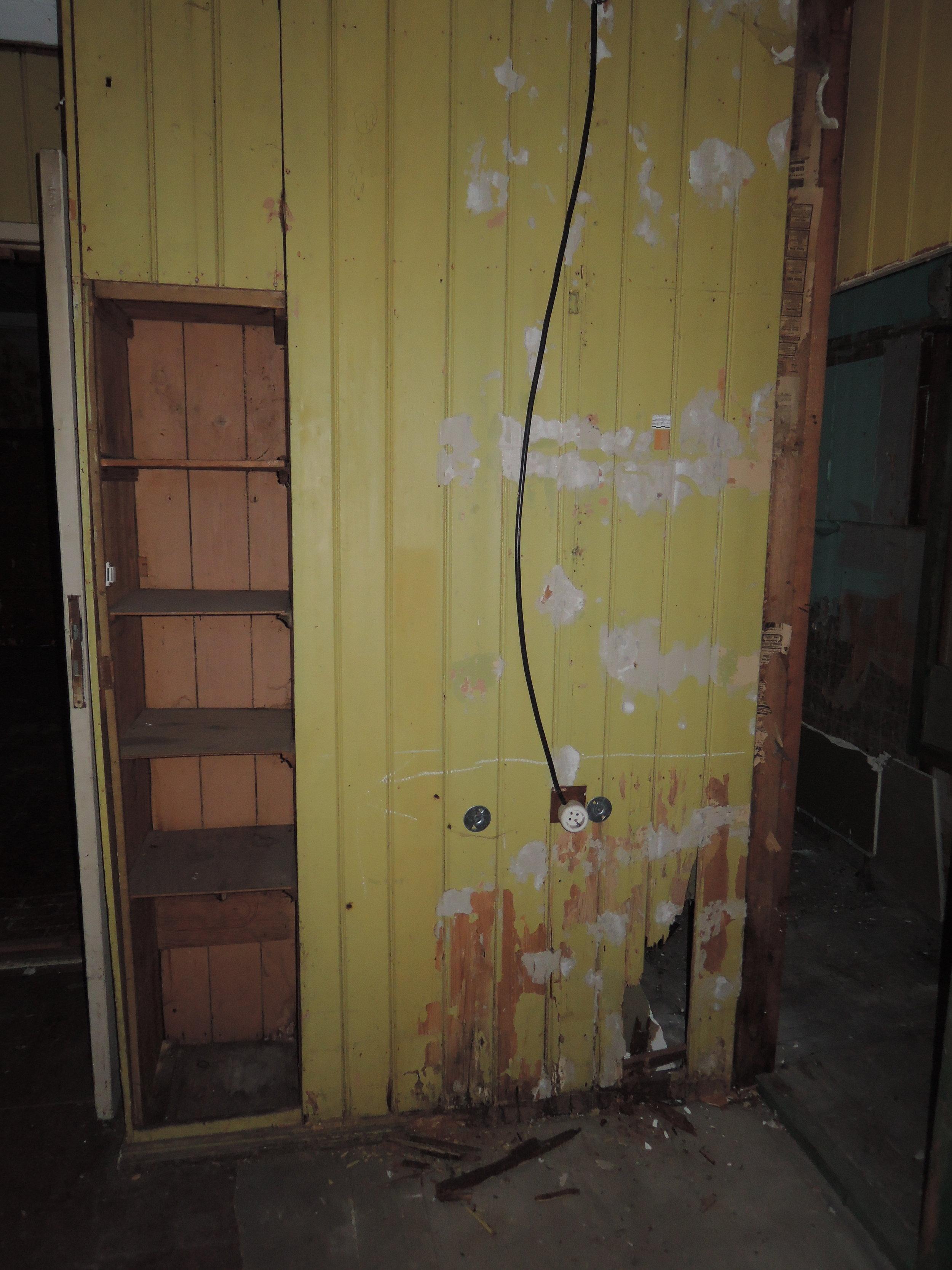boys room.JPG