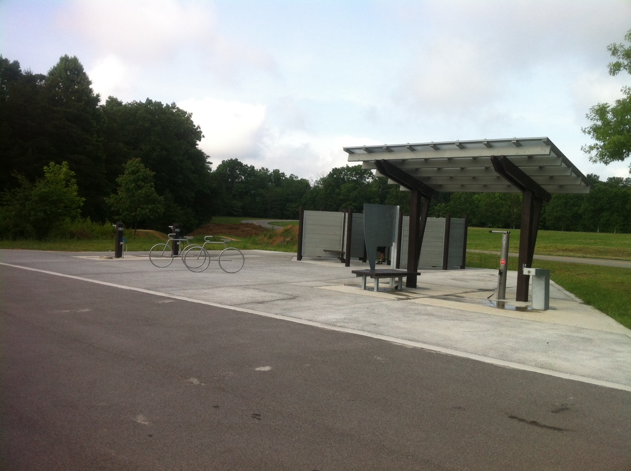 Bike wash stands, bike repair stands, and changing areas make Laurel Point a convenient place to park.