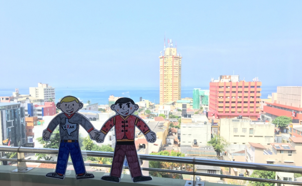 Flat Stanley and his friend Su Ming visit Sri Lanka.