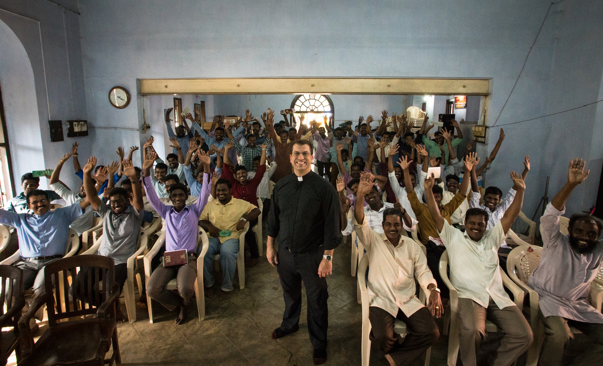 Rev. Ross Johnson, Director of LCMS Disaster Response and the faculty, staff, and students of Concordia Theological Seminary, Nagercoil. Johanna Heidorn, photographer