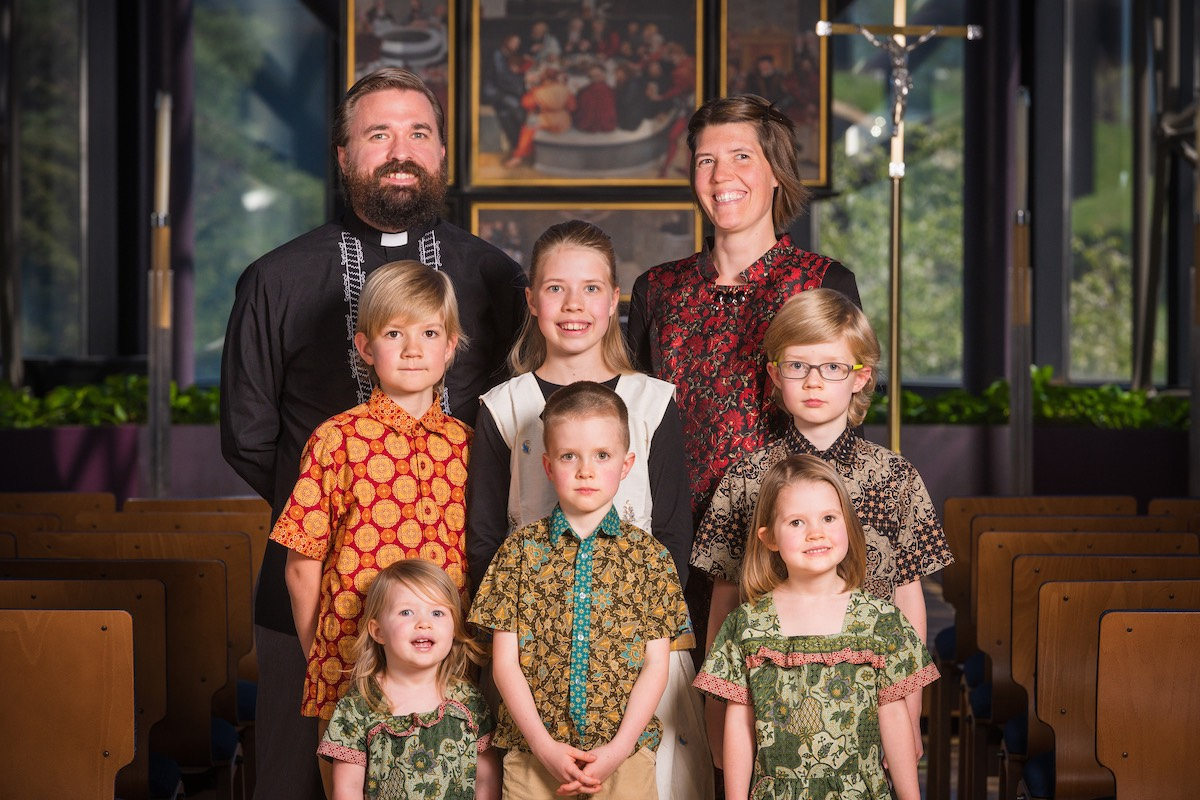 041519 eml Askins family 001-squashed.jpg