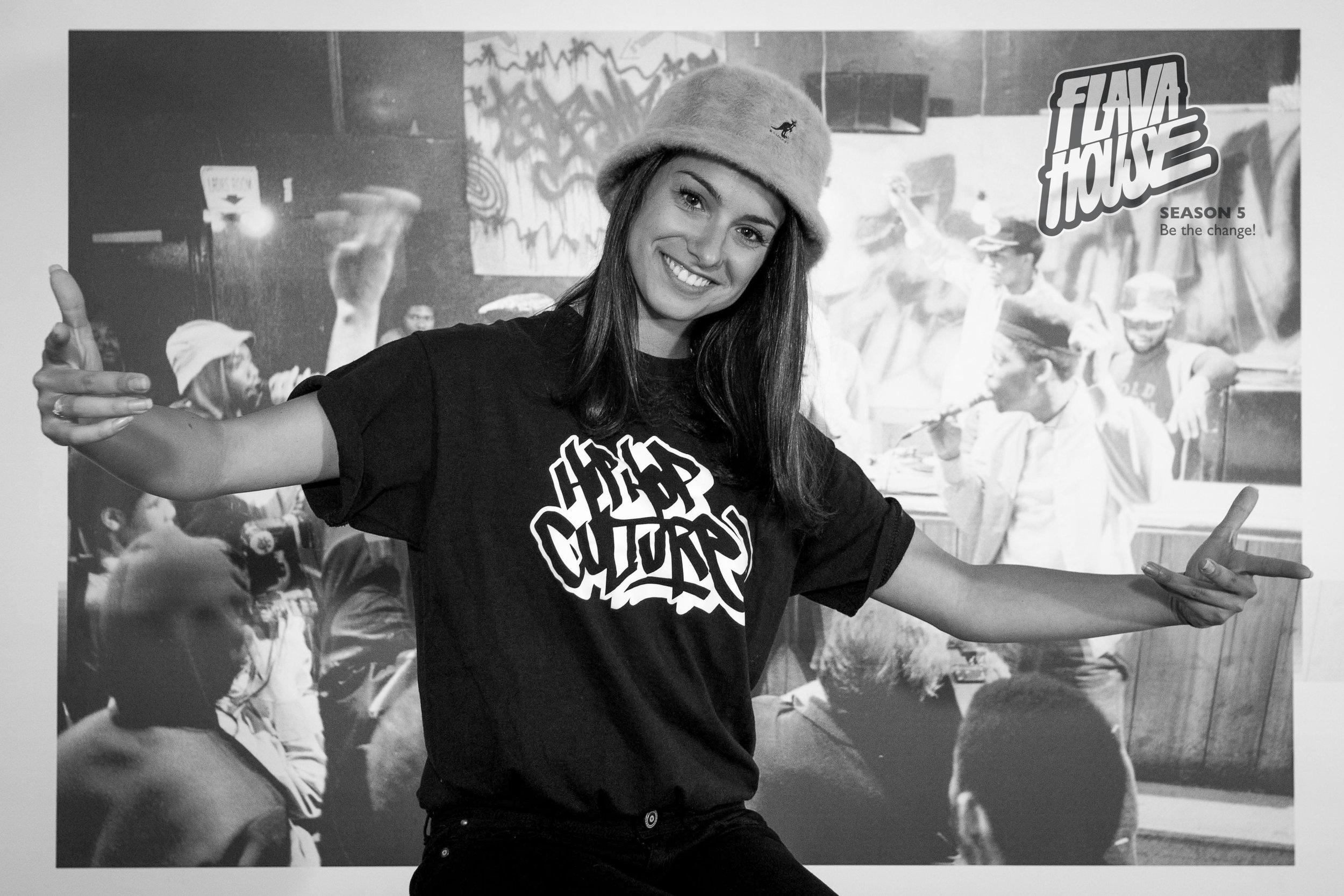 Yani - Sleepwalkingz Crew, Pop&Roll    Teaching:  Hip Hop Freestyle, Street Dance for Kids, Breaking