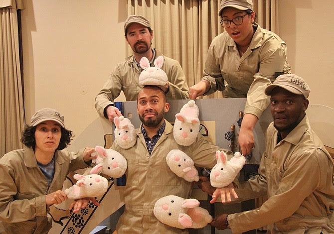 The cast of El Gato