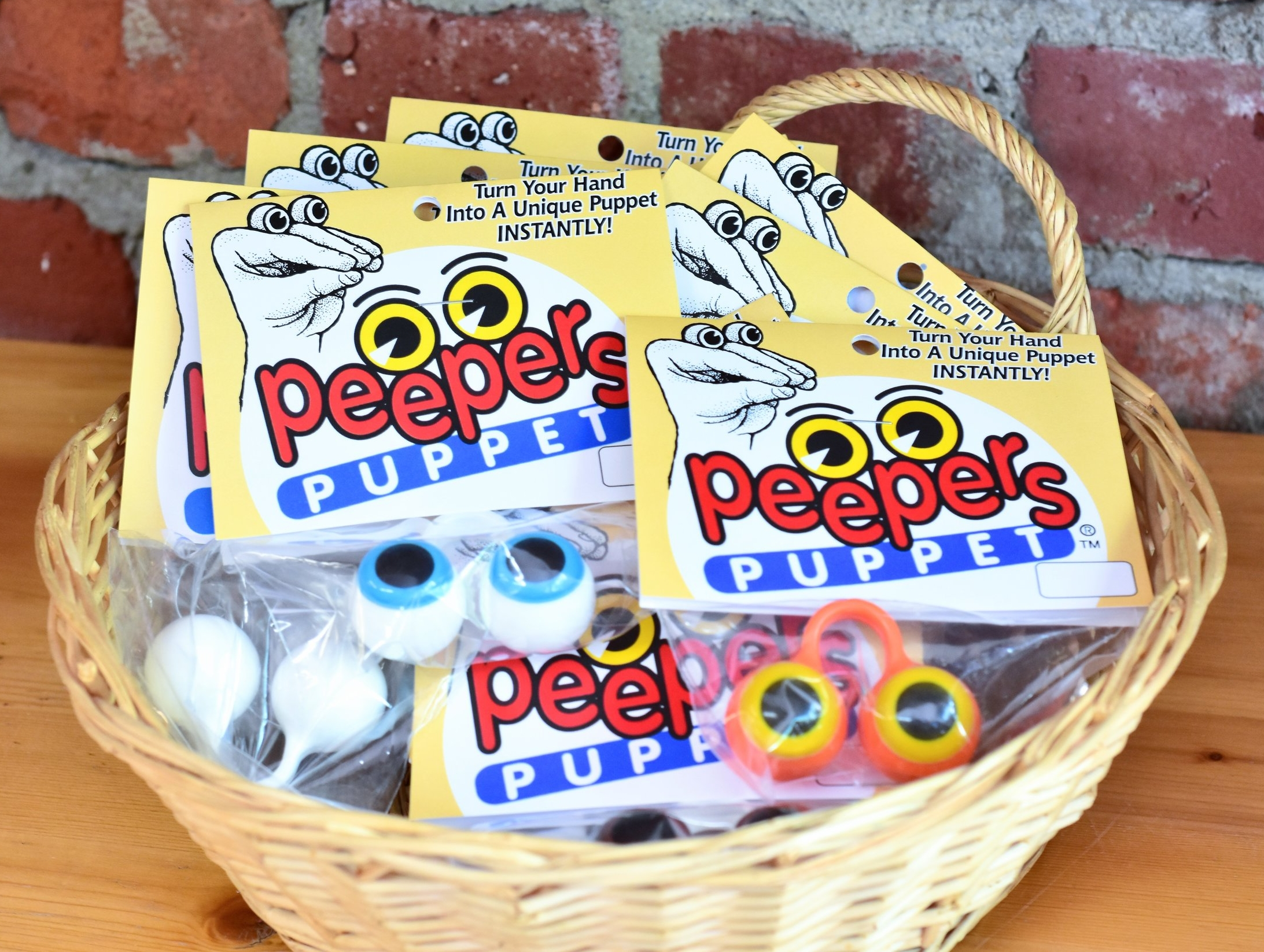 Peepers Puppets