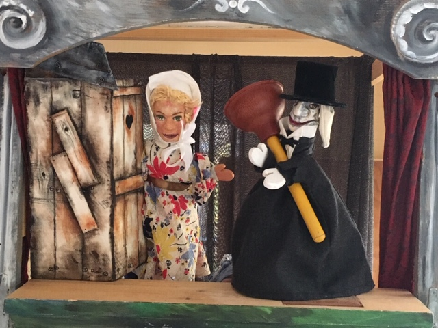 Kaspar and Gretel in Puppet Crimes by Spybird Theater.jpg