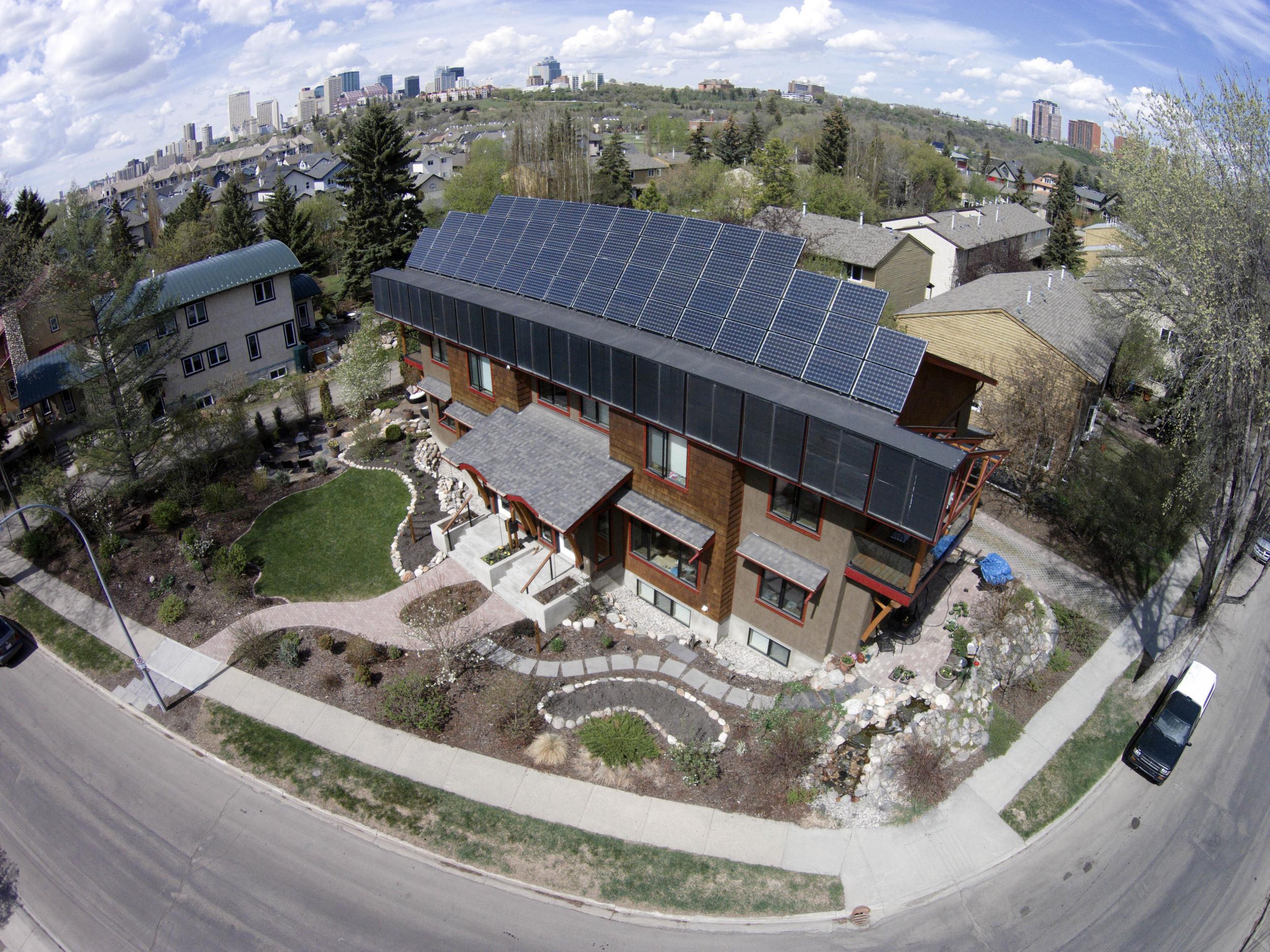 solar power house.jpg