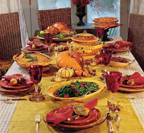 いろいろなお料理を囲んで楽しい会話。最高にHappyなひととき♡    #thanksgiving#feast#dinenr#family#table