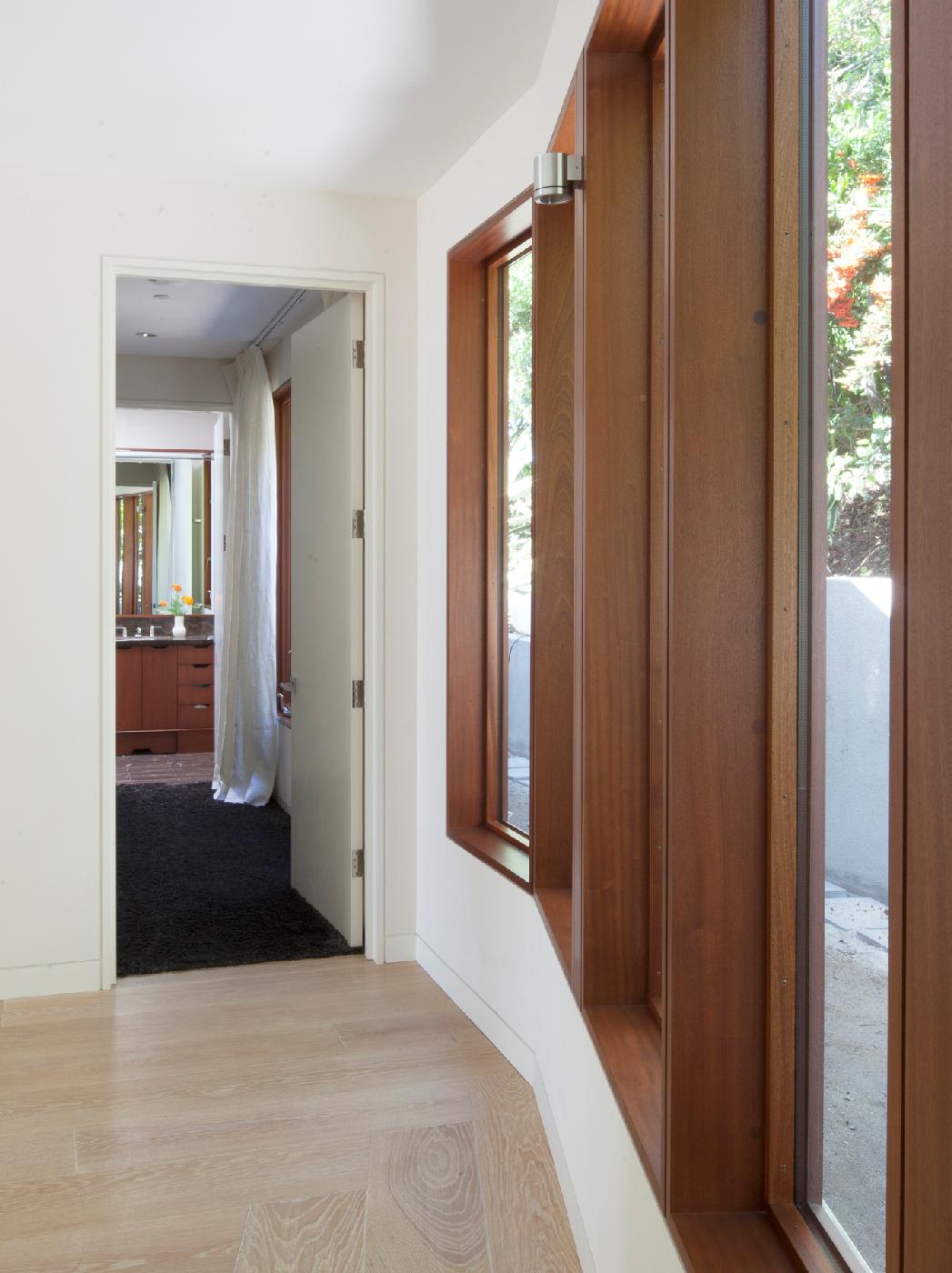 hallway-to-bed-3.jpg