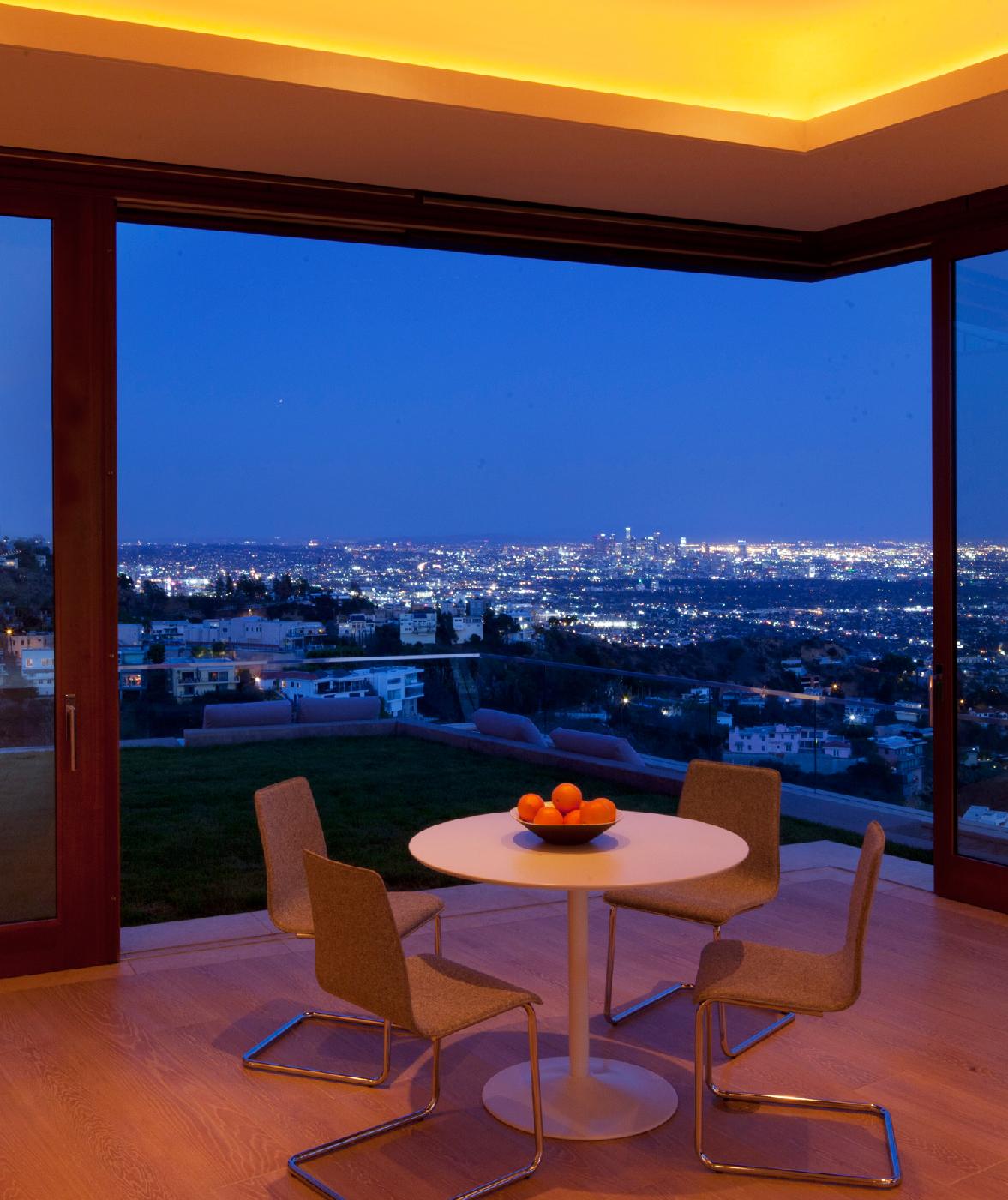 sitting-spot-evening-over-city.jpg
