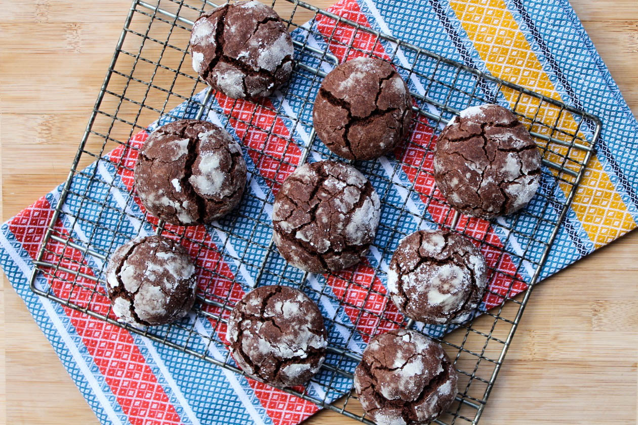 chocolate chai crackles-