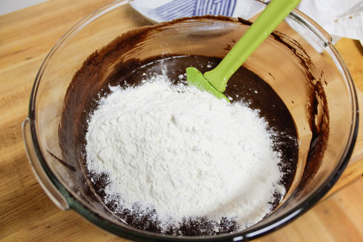 chocolate flour-