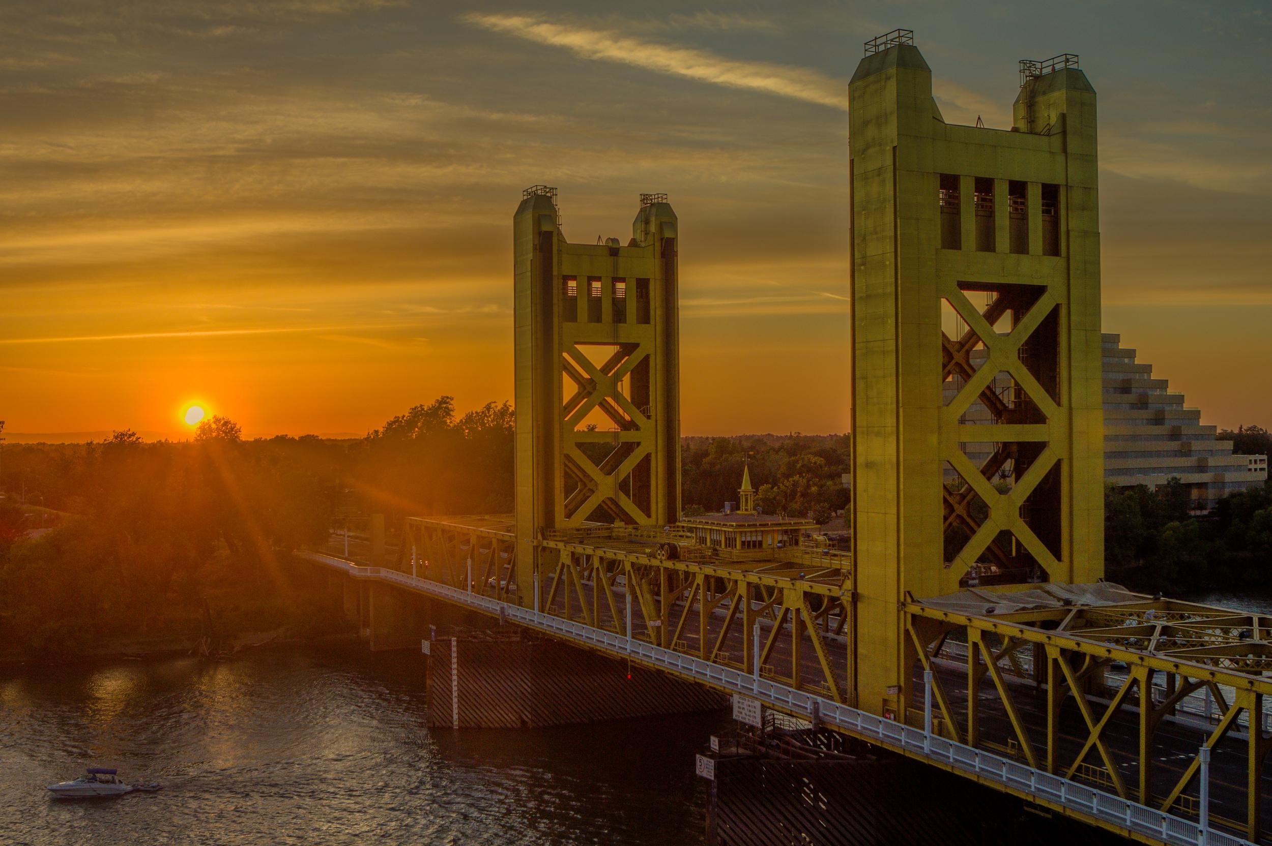 tower bridge sunset.jpg