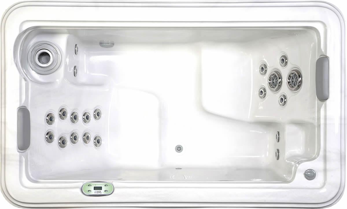 Azalea Hot Tub by Garden Spas / Artesian Spas