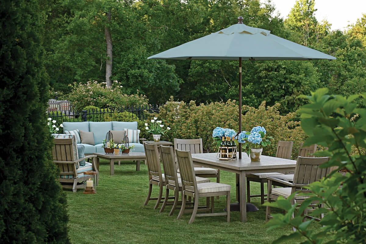 CROQUET Aluminum Lounge & Dining Collections by Summer Classics Outdoor Furniture