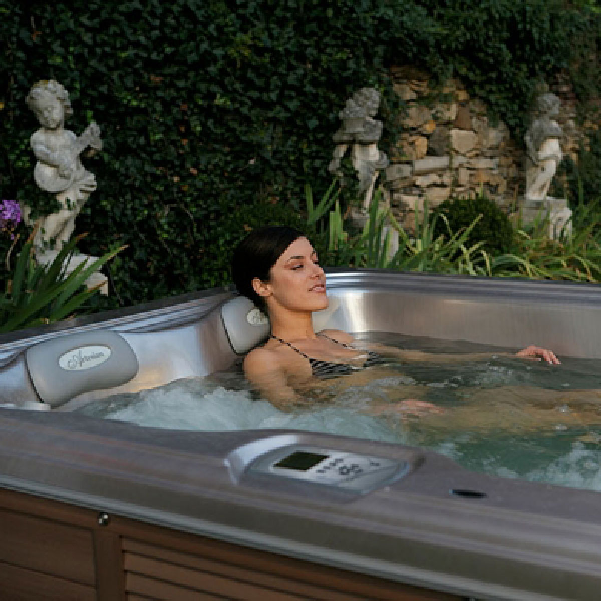 SOUTH SEAS SPAS Hot Tubs by Artesian Spas