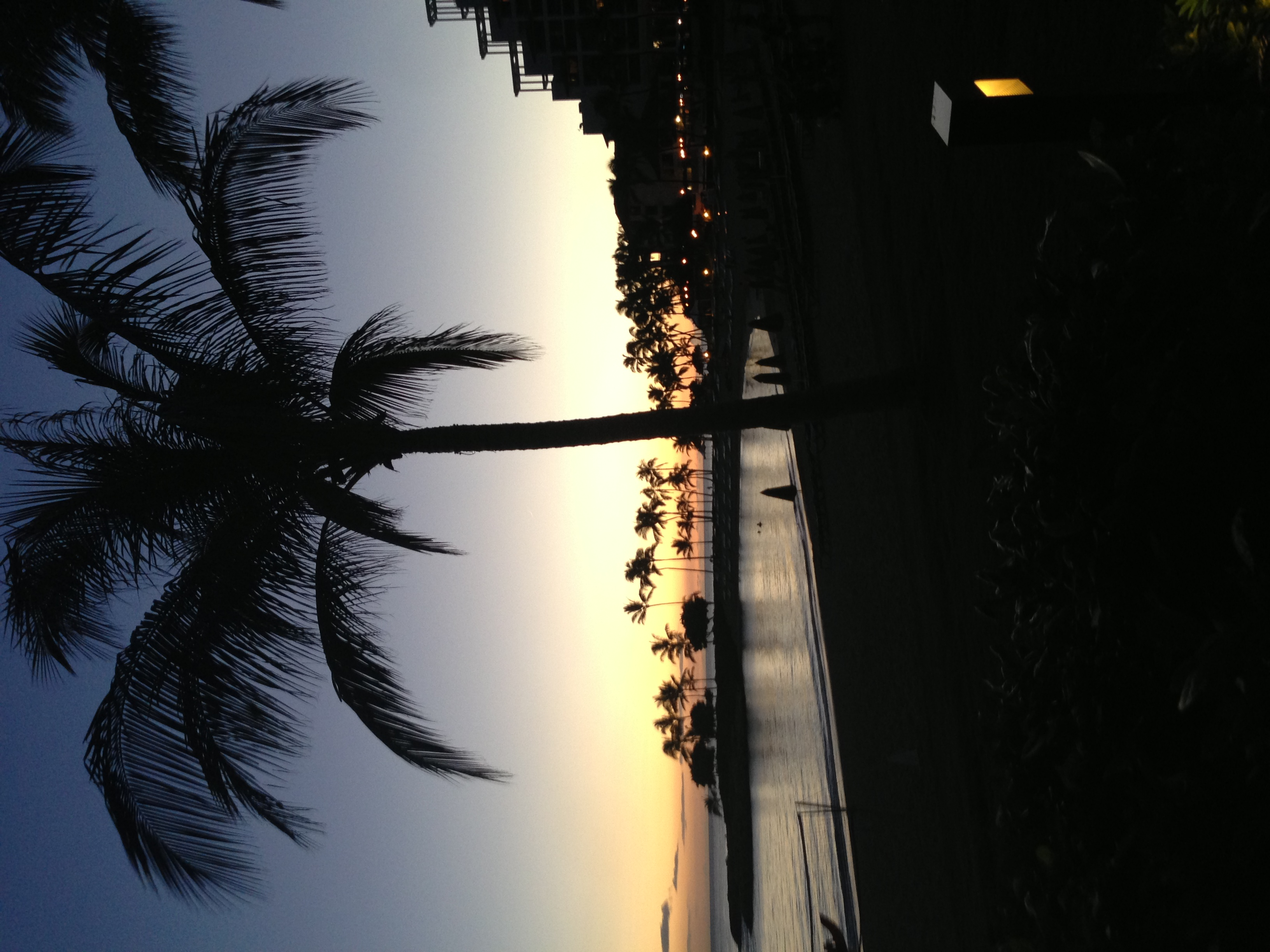 My last night in Hawaii. Amazing sunset (and the company wasn't too shabby either...!!!)