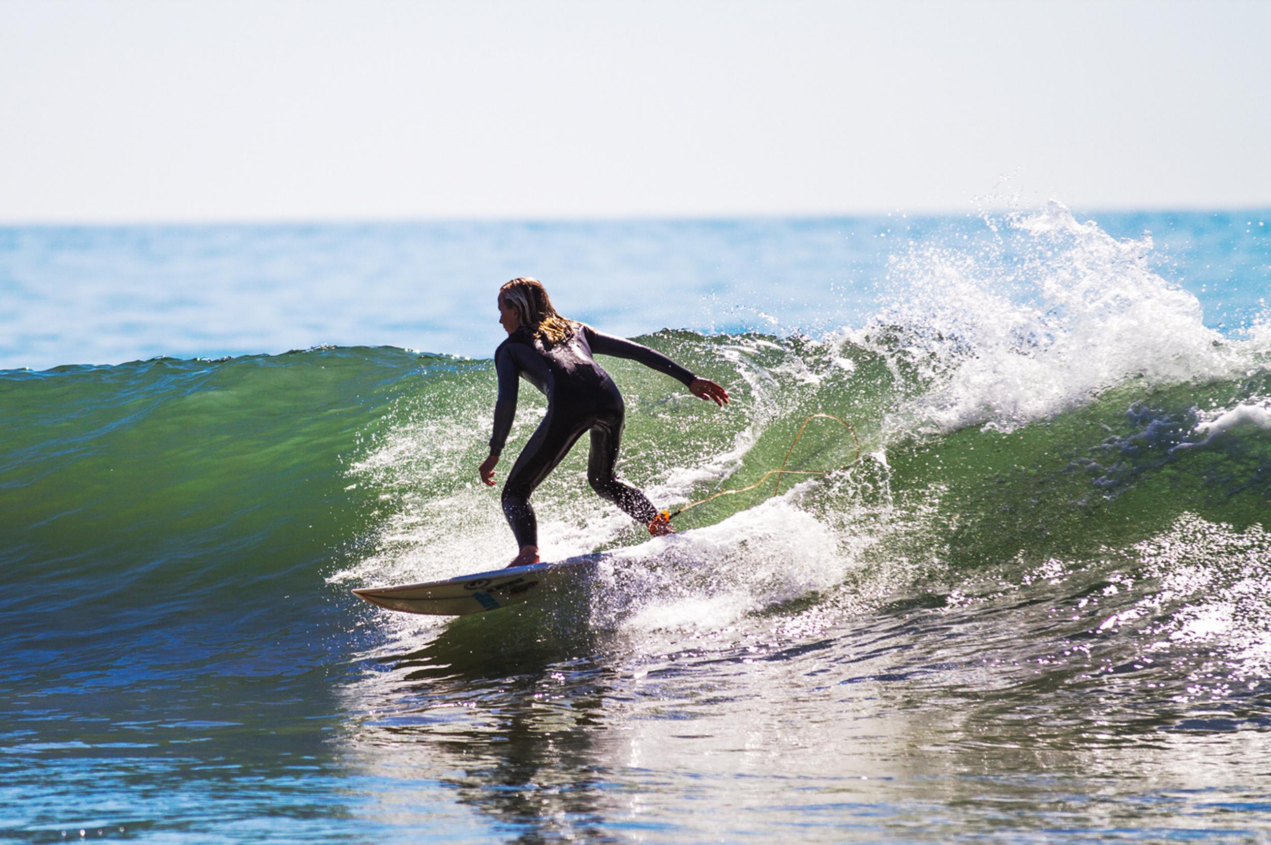 surfer_8x12.jpg