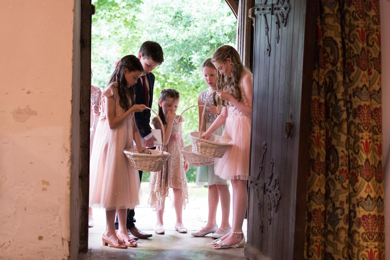 aneka_and_geordan_uppingham_wedding_photography-48.jpg