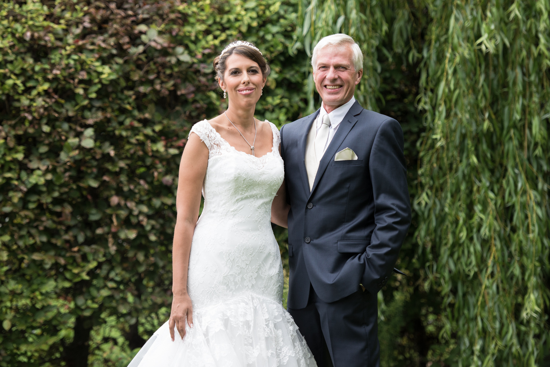 Sarah and nigel swancar farm wedding-20.jpg