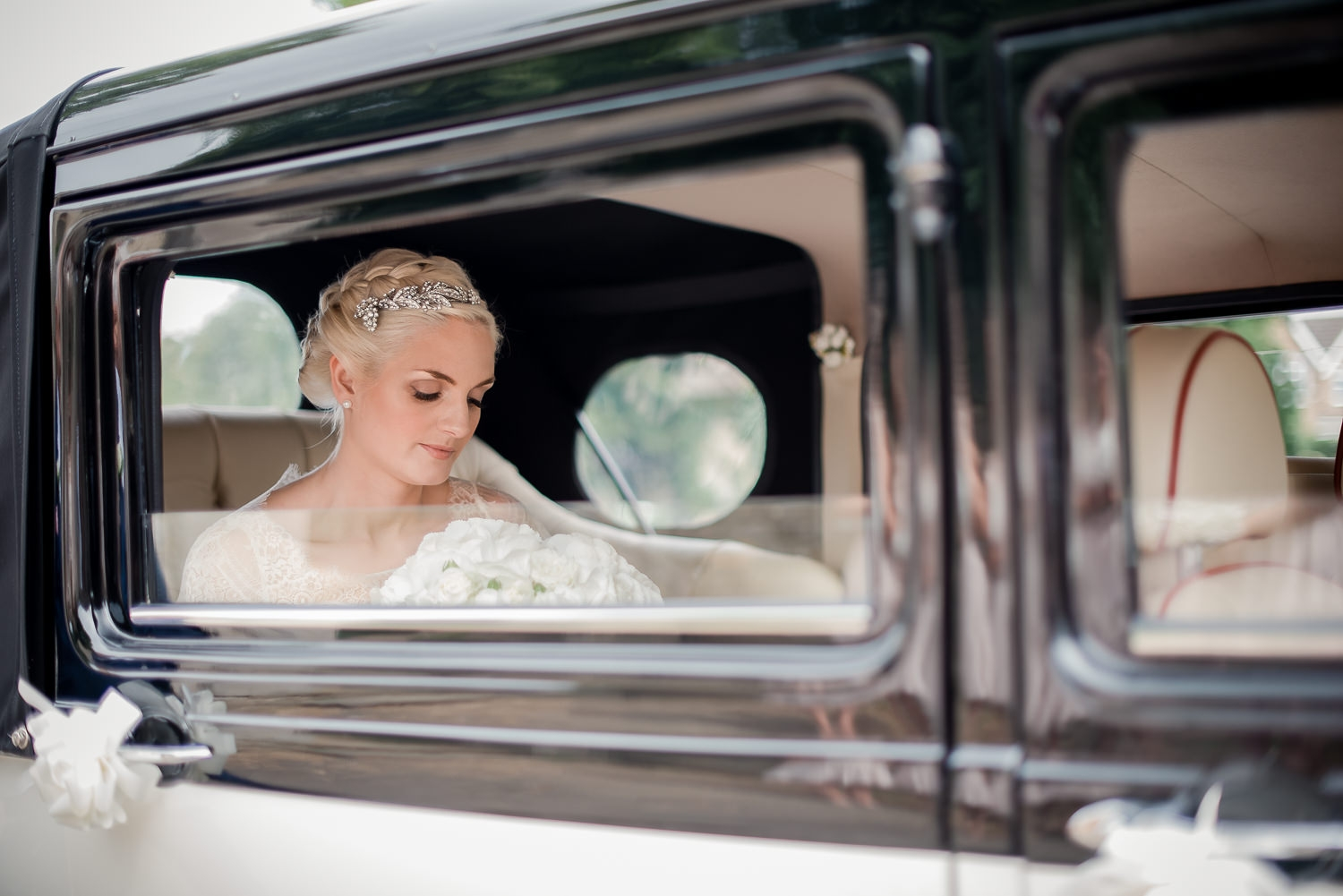 bride arriving at church in Stamford to get married.