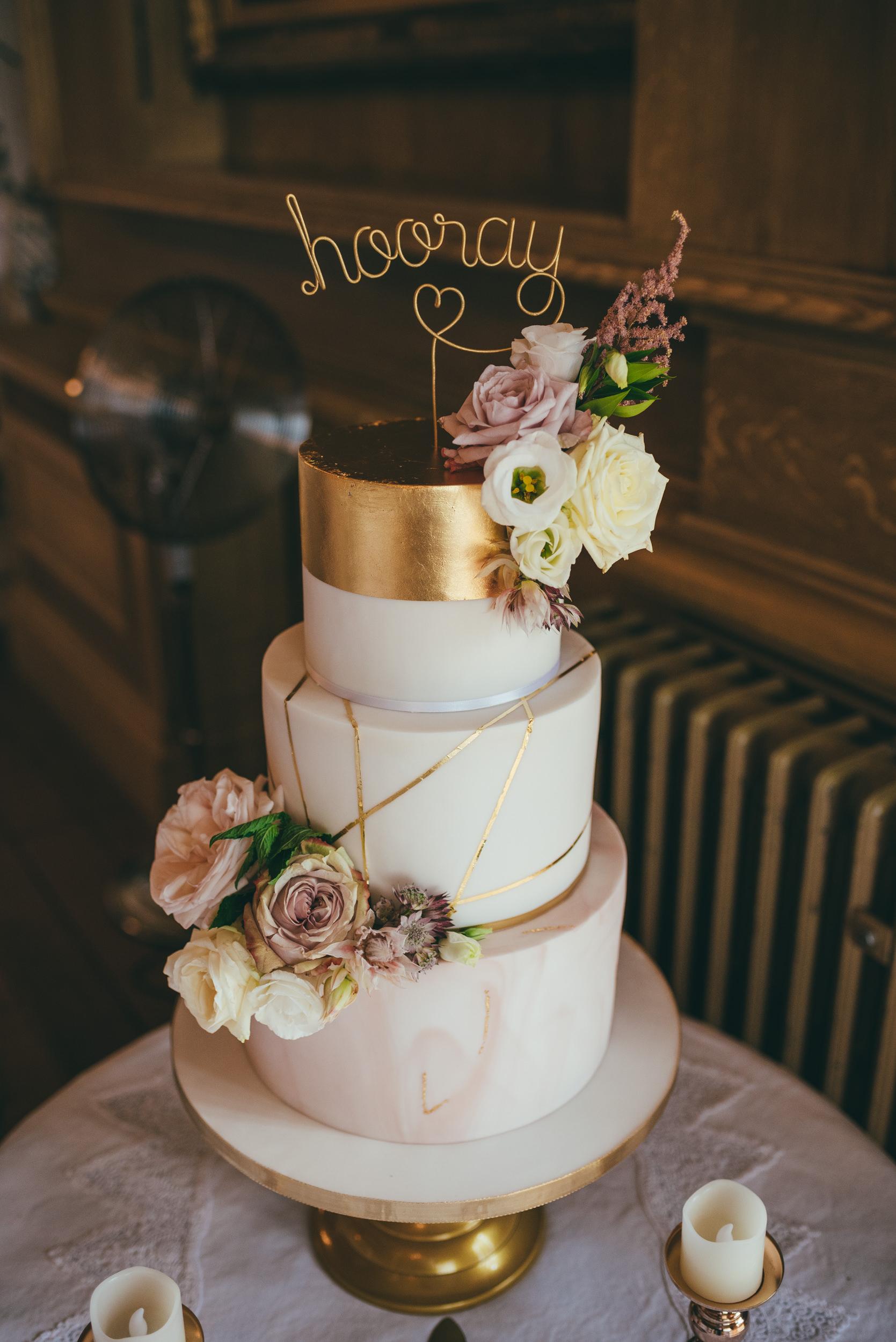 Werdding cakle at a wedding at Harlaxton Manor