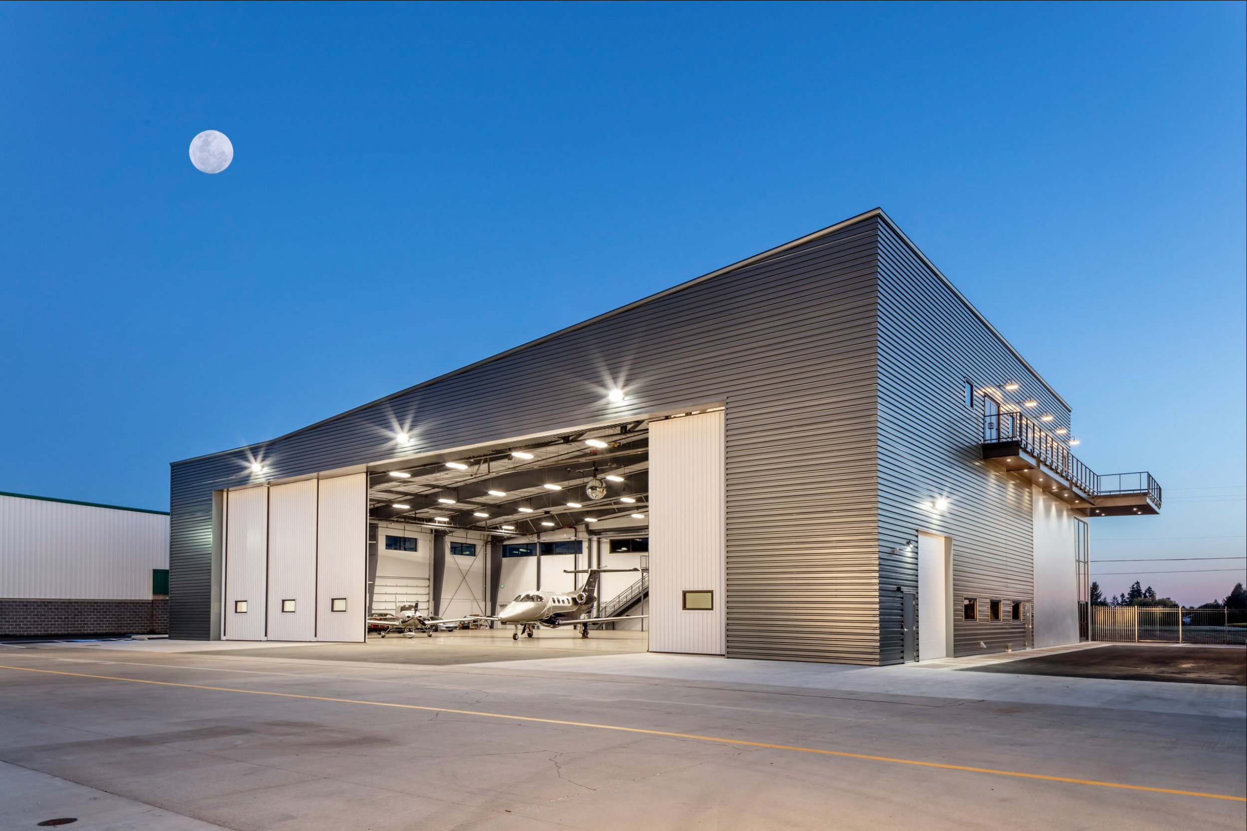 Delta Hangar Moon.jpg