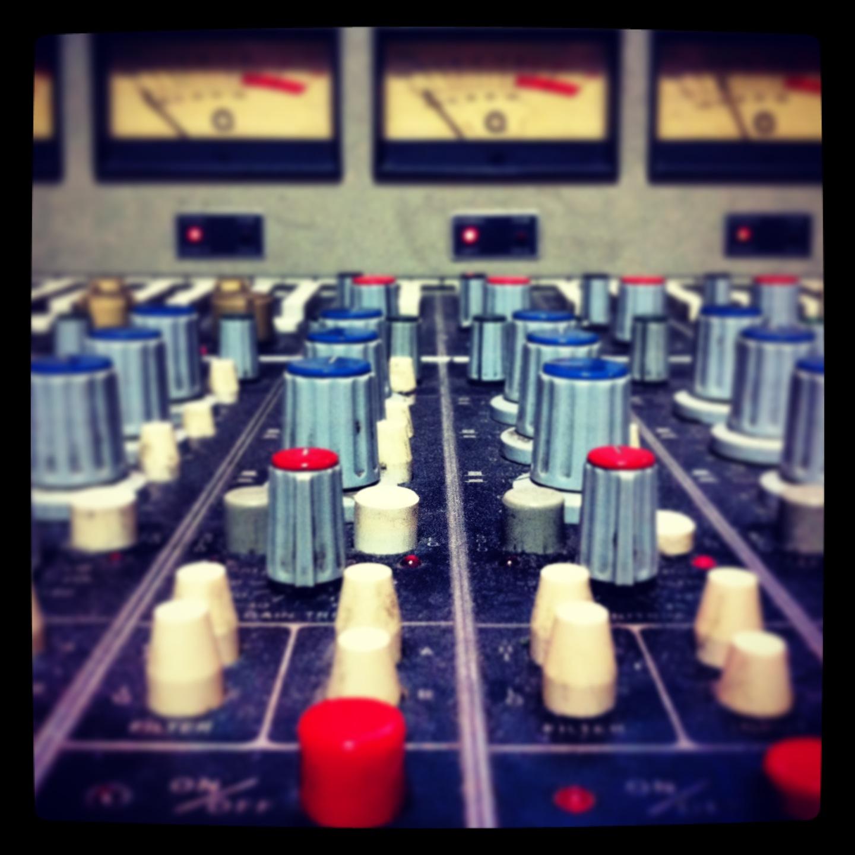 Bang-A-Song Auditronics Console