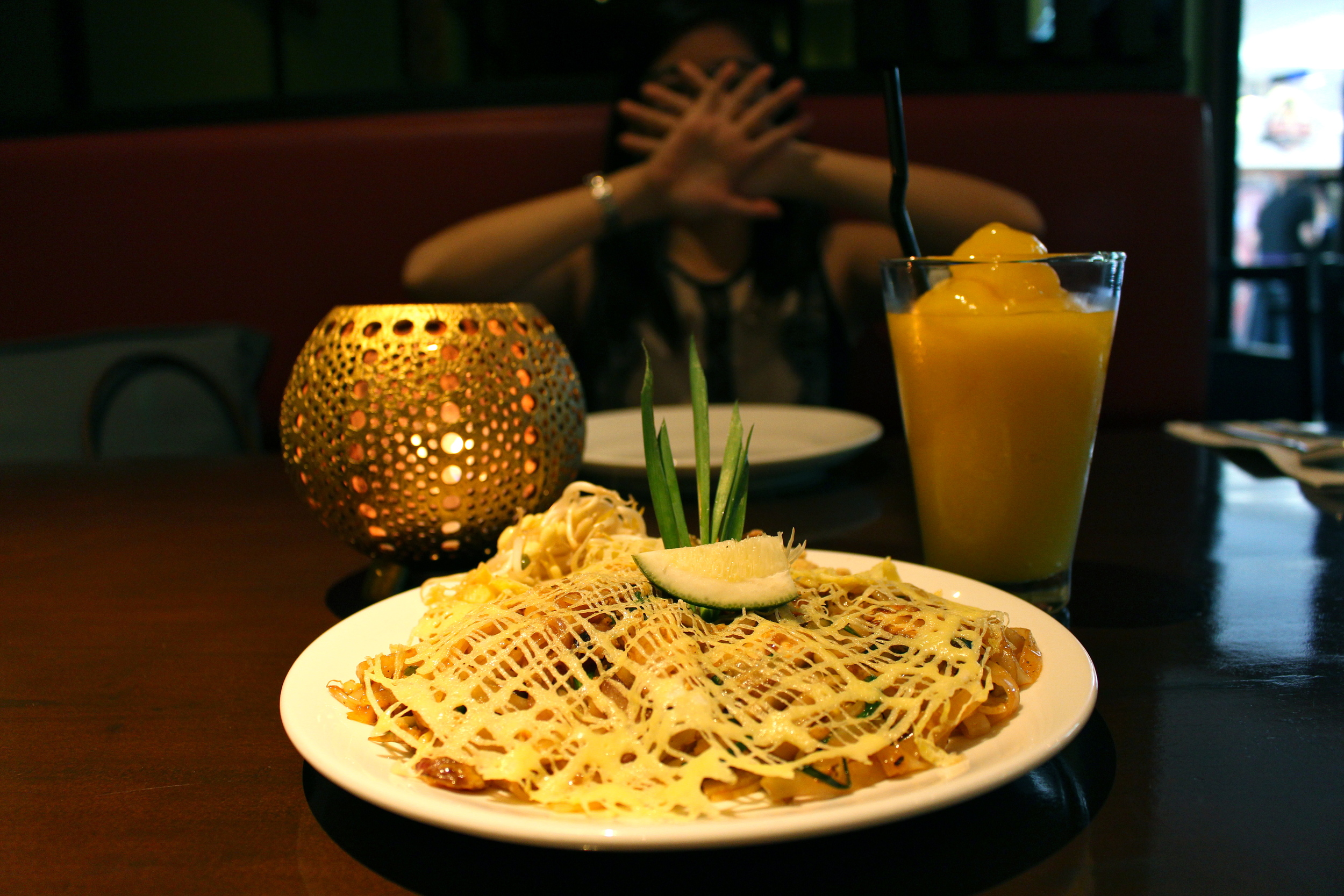 Pad Thai & Fresh Mango Shake at Mango Tree