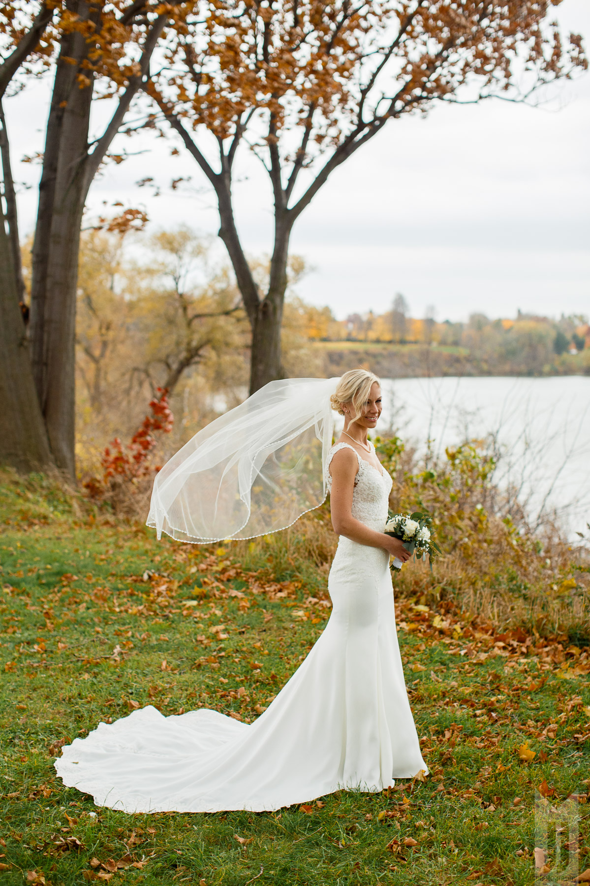 RL_Wedding_Tall-4.jpg
