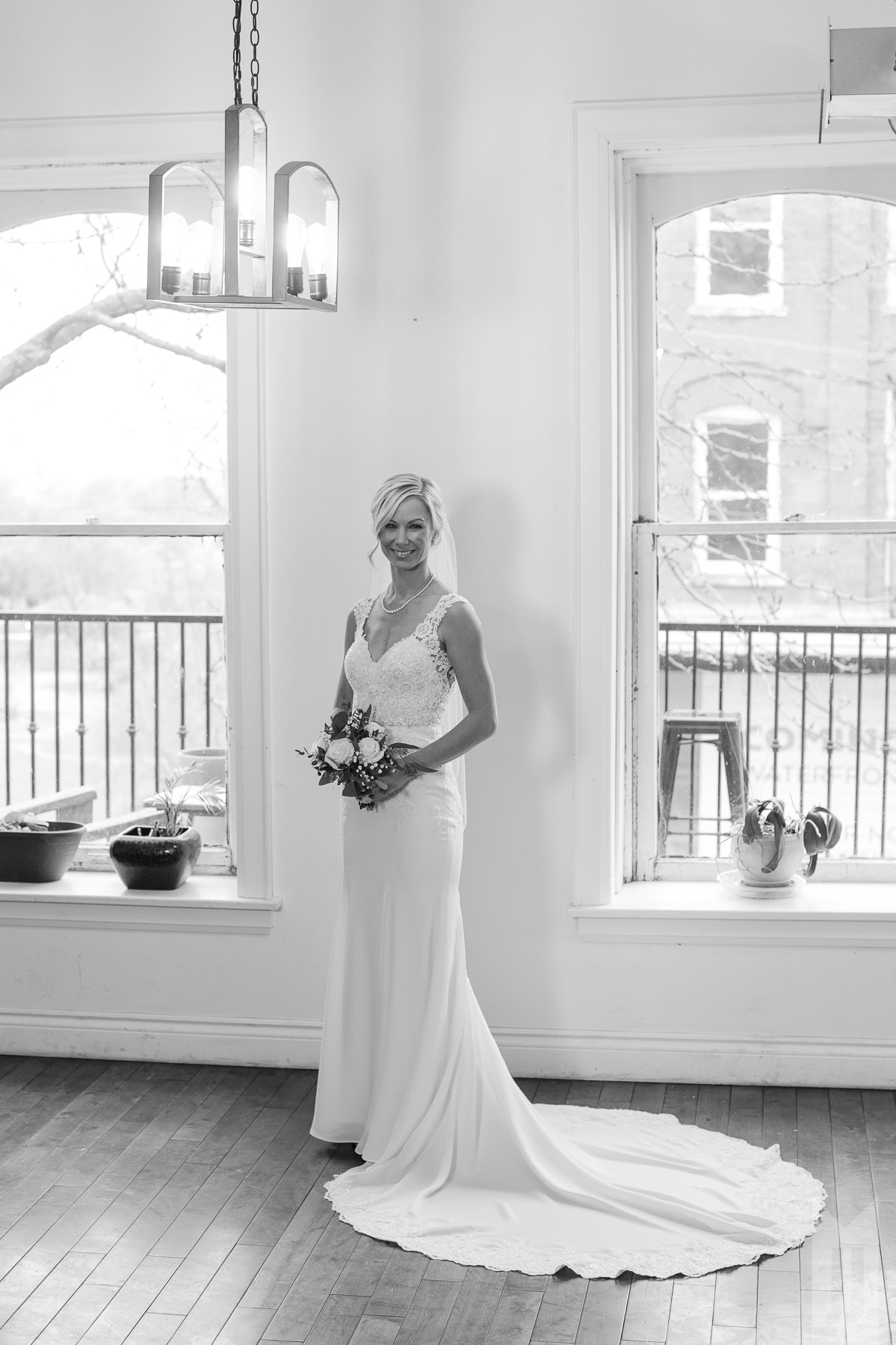 RL_Wedding_Tall-6.jpg