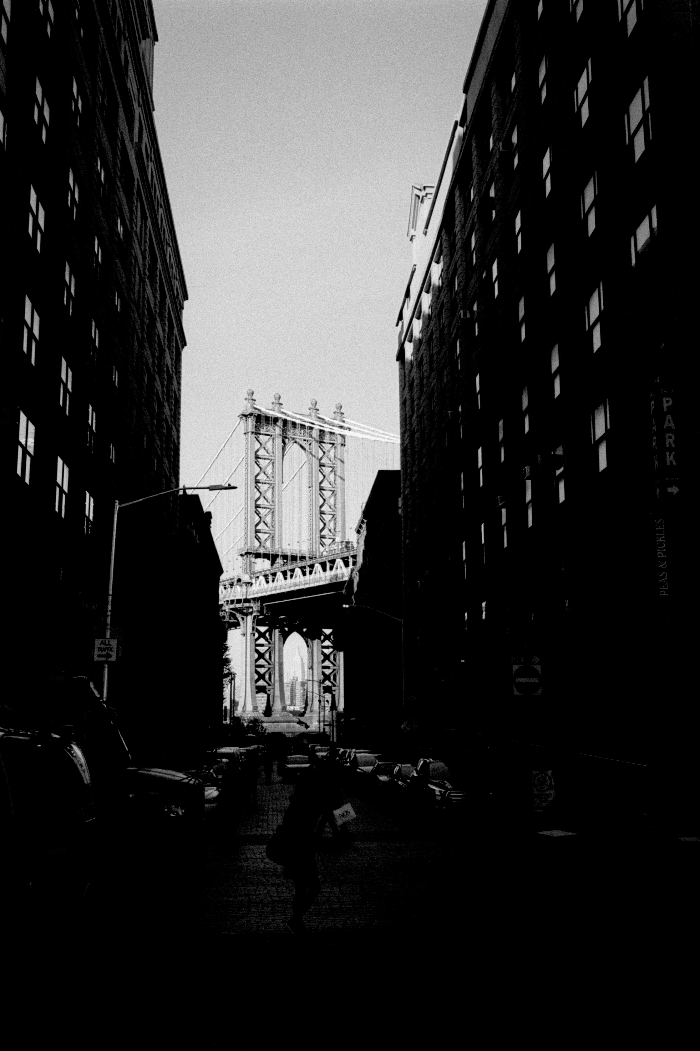 New_York_City_Brooklyn_Bridge_35mm_Scan.jpg