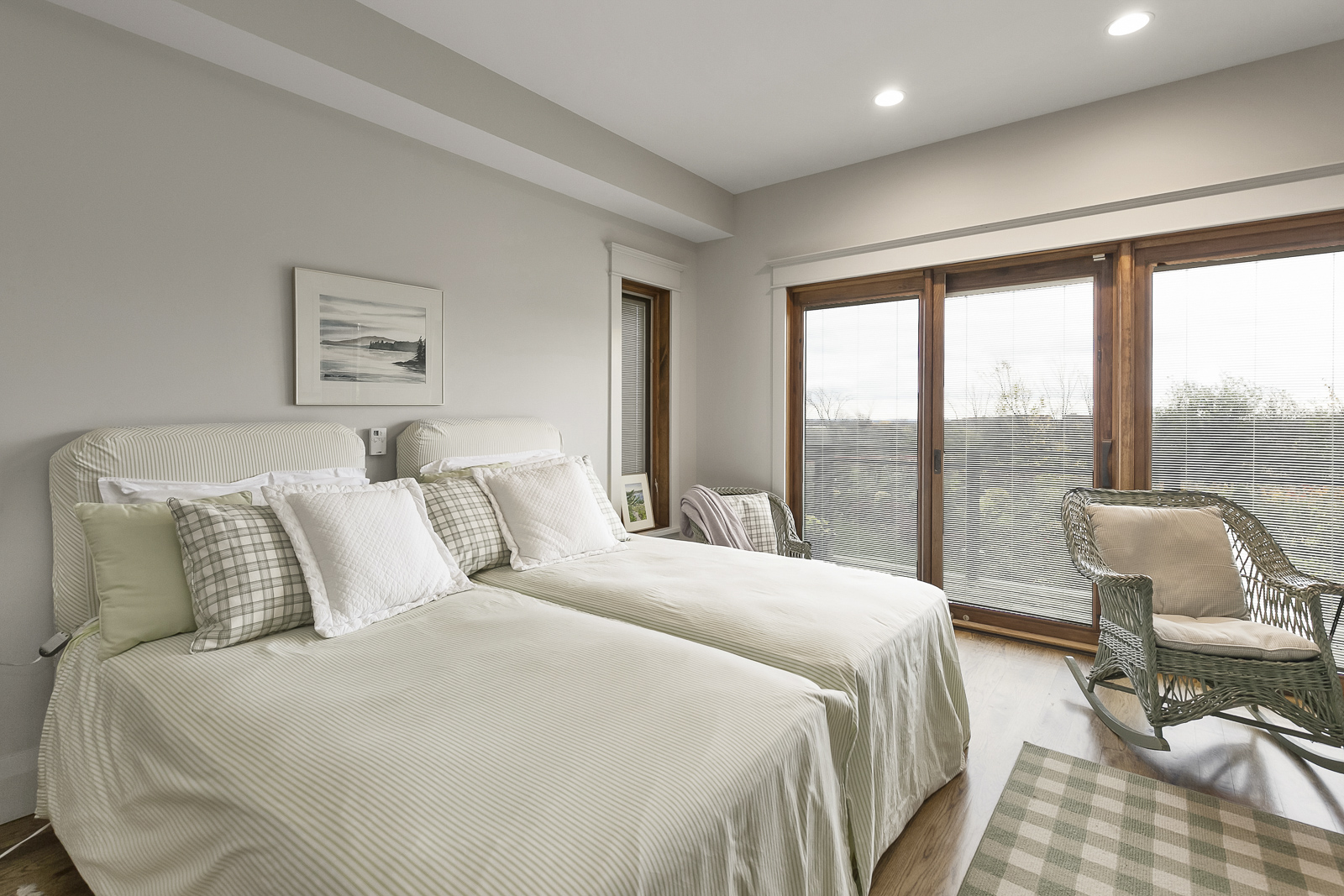 30-Oslerview-Drive_Interiors_Web-23.jpg