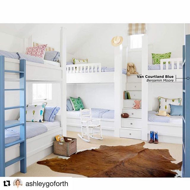 Saturdays are for sleepovers!  We love how @ashleygoforth mixed our prints to create this super fun bunk room featured in @countrylivingmag .  Styled by @curiousdetails , Photo by @davidtsay . Pictured:  Chain in coral, Frances in emerald and grass. . #bunkroom #saturday #prints #color #funinteriors #colorfulinterior #colorfulhome #textiles #textileart #textiledesign #interiordesign #interiors #home #fabric