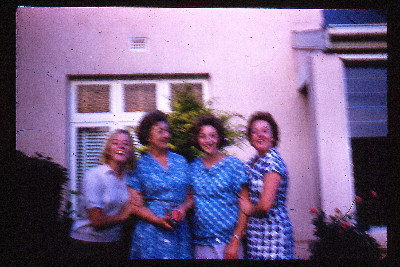 nanny, mum & sisters in elwood.jpg