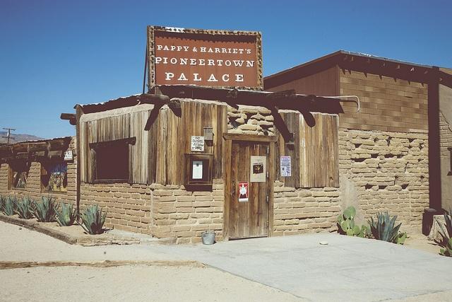 pioneertown-amandamaebird.jpg