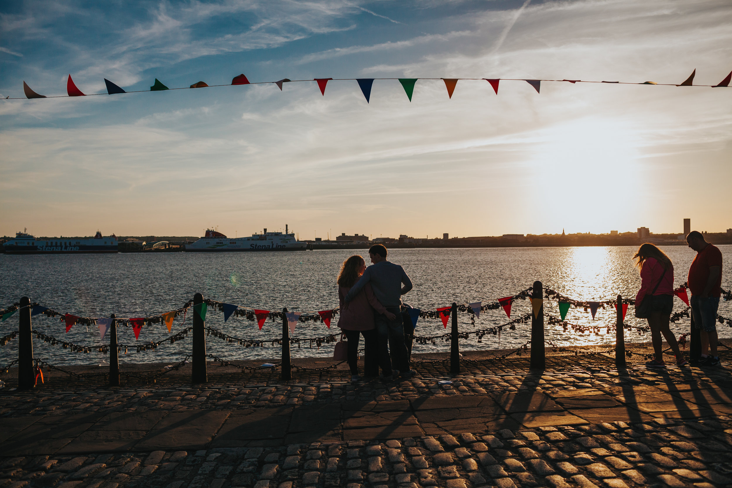 Two sea front couples