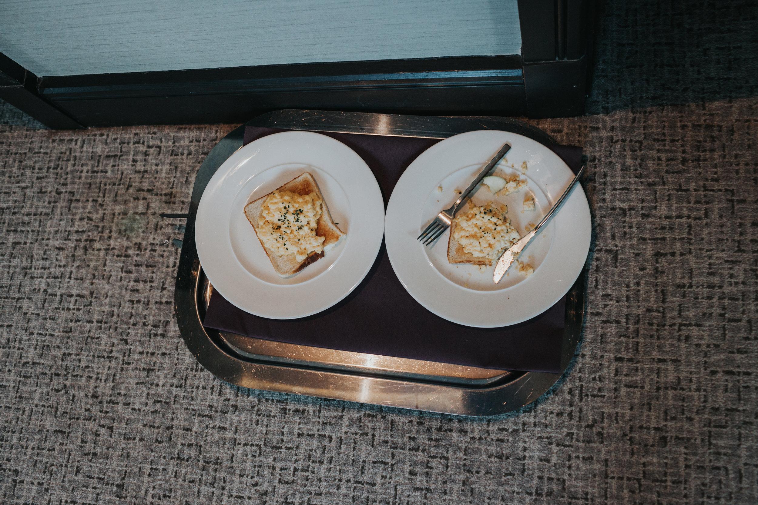 Scrambled eggs on toast.