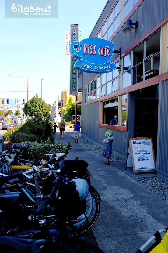 Kiss Cafe in Ballard