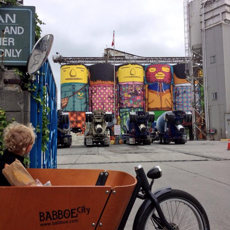"""OSGEMEOS brothers' """"Giants"""" in Granville Island"""