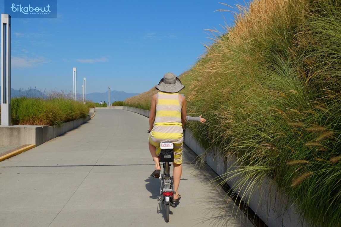 95% of the route is on separated bike paths and cycle tracks like this